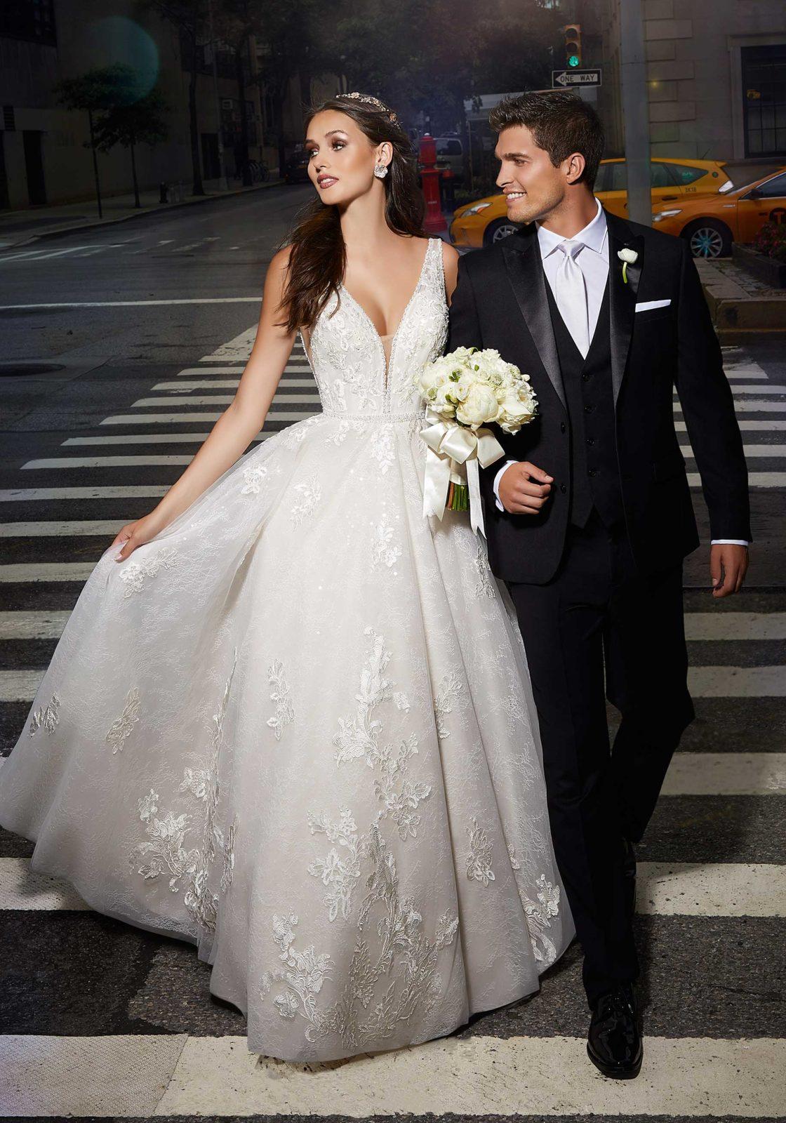 Designer: Morilee - Madiline Gardner Signature Collection - Savannah Wedding Dress - 1019